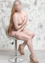CIM (cum in mouth) Lilia - Innocent student for outcall service in Prague